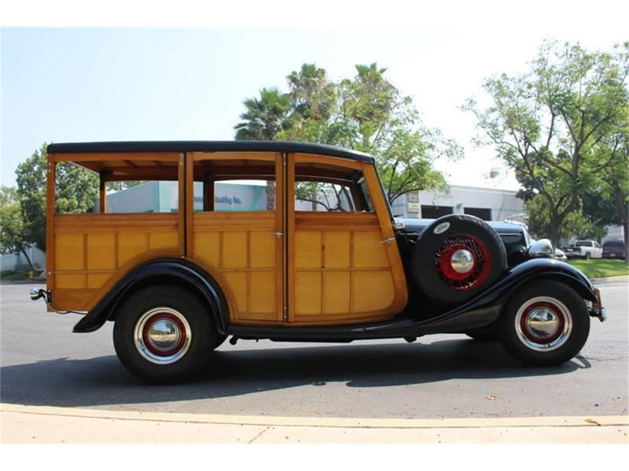 Large Picture of Classic '34 Ford Woody Wagon Auction Vehicle Offered by American Classic Cars - LDYJ