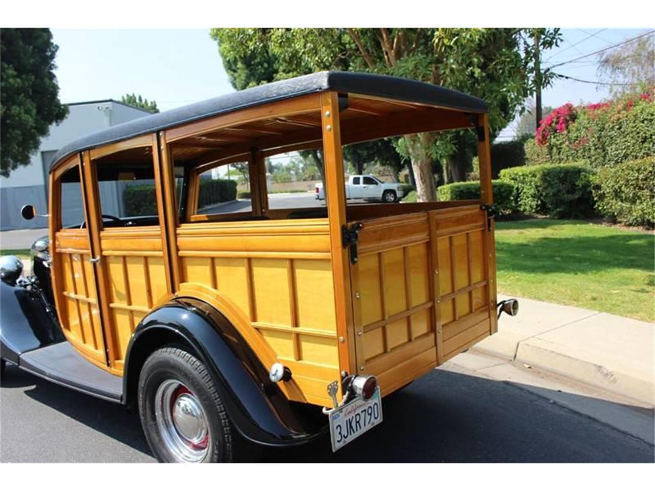 Large Picture of '34 Ford Woody Wagon - LDYJ