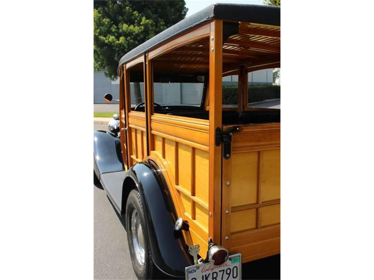 Large Picture of Classic '34 Ford Woody Wagon Auction Vehicle - LDYJ