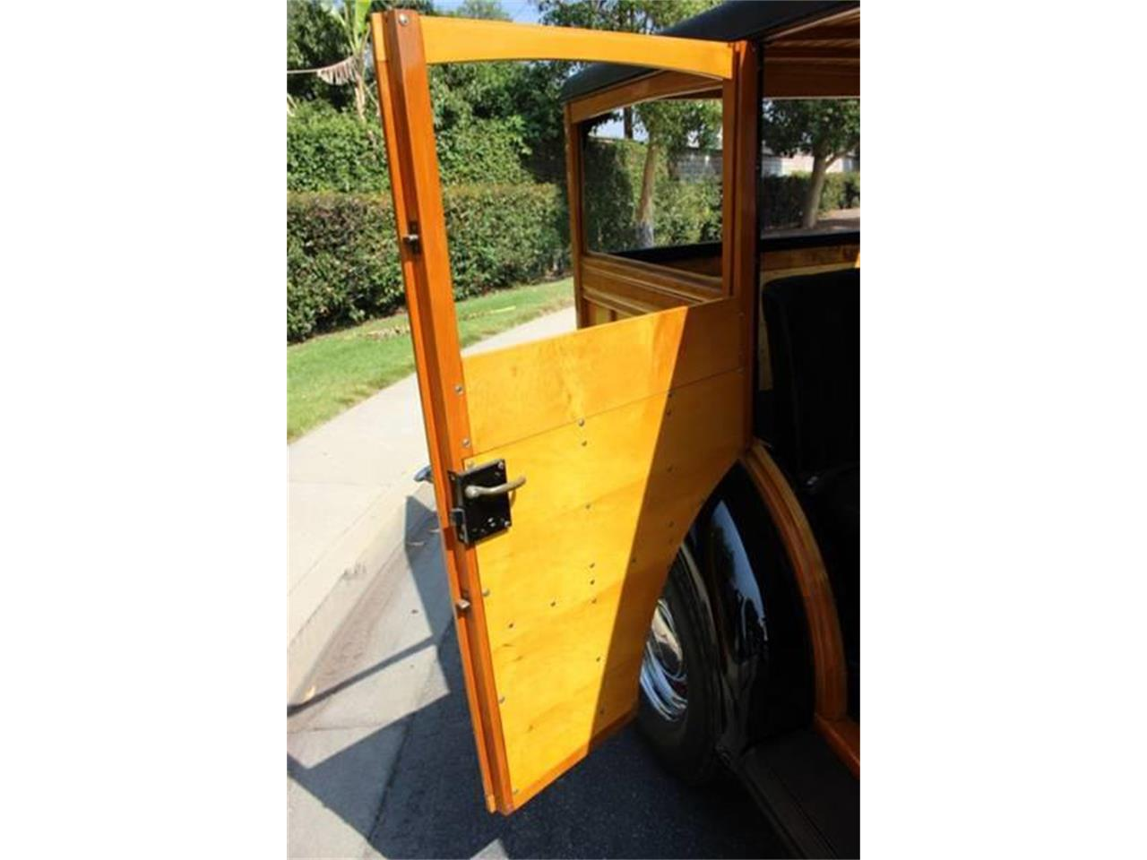 Large Picture of '34 Woody Wagon Auction Vehicle Offered by American Classic Cars - LDYJ