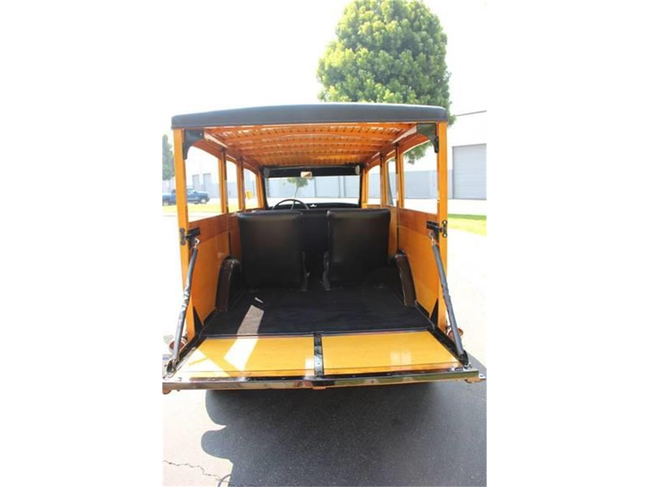 Large Picture of Classic '34 Woody Wagon Auction Vehicle - LDYJ