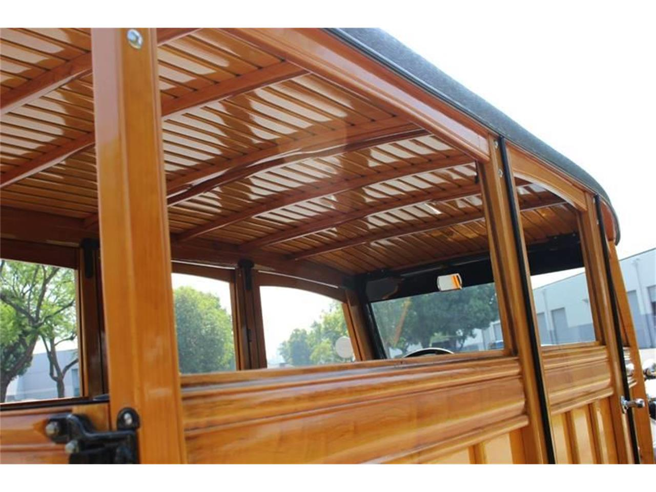 Large Picture of Classic 1934 Woody Wagon located in La Verne California Auction Vehicle - LDYJ