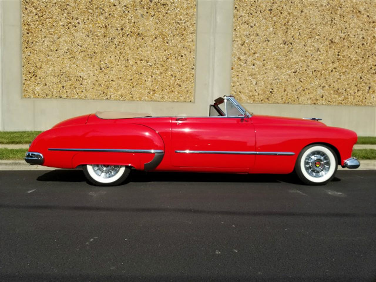 Large Picture of '48 Oldsmobile Custom Cruiser - LE0W