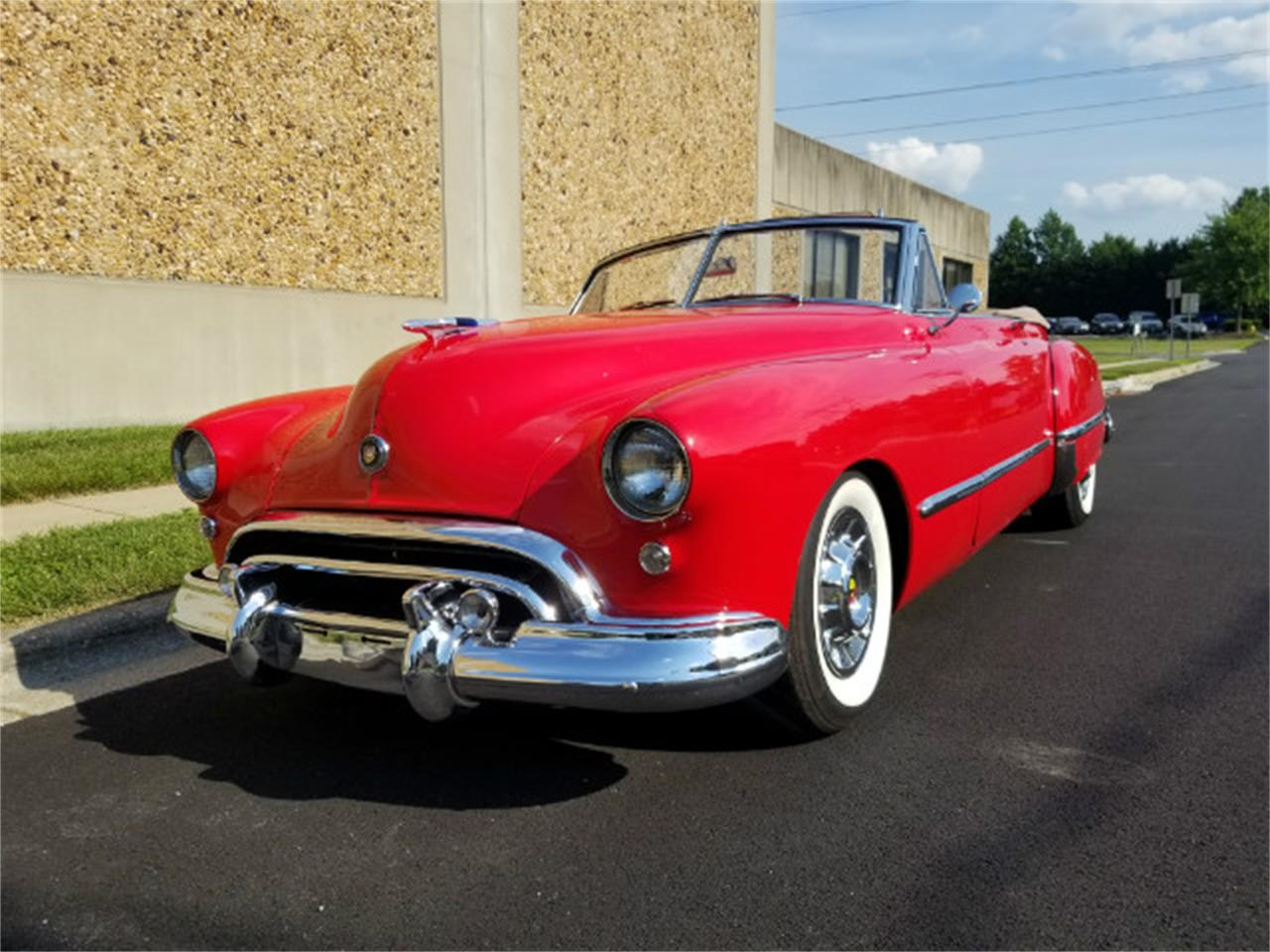 Large Picture of '48 Oldsmobile Custom Cruiser located in Linthicum Maryland Offered by Universal Auto Sales - LE0W