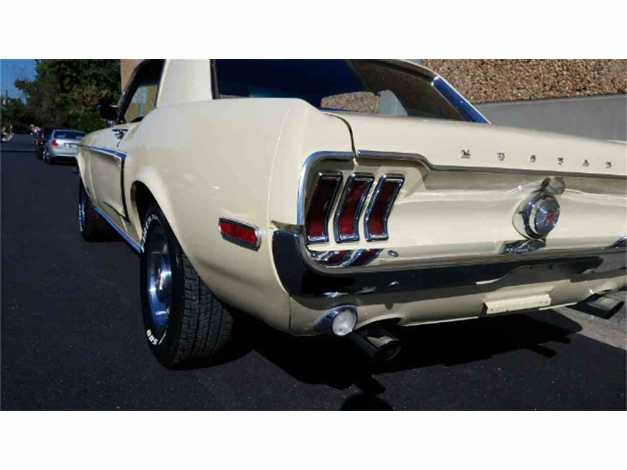 Large Picture of '68 Mustang - LE10