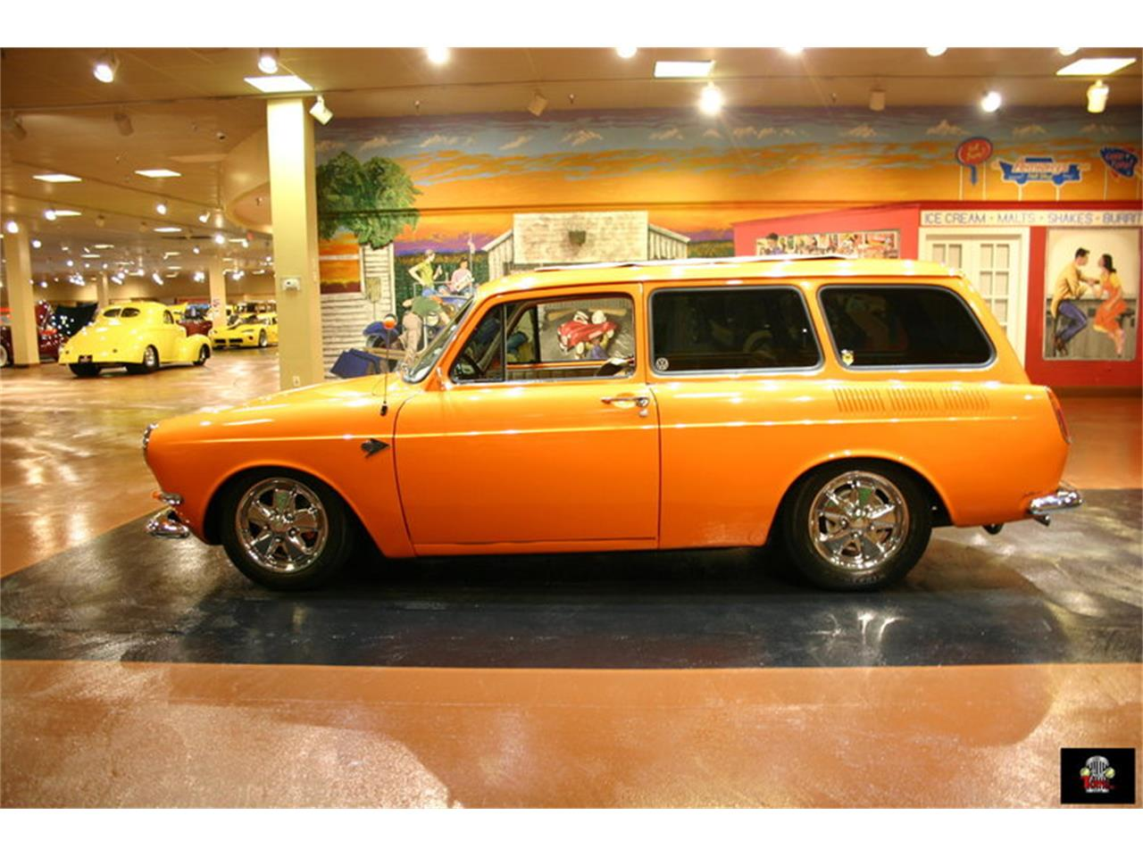 Large Picture of 1967 Volkswagen Squareback - LE13