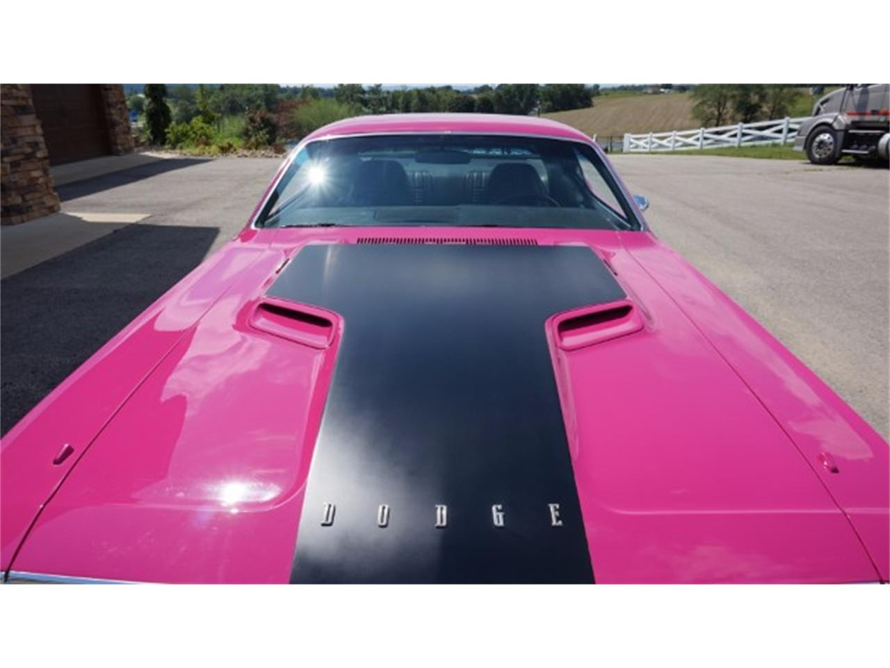 Large Picture of Classic 1970 Dodge Challenger - $39,900.00 - LE17