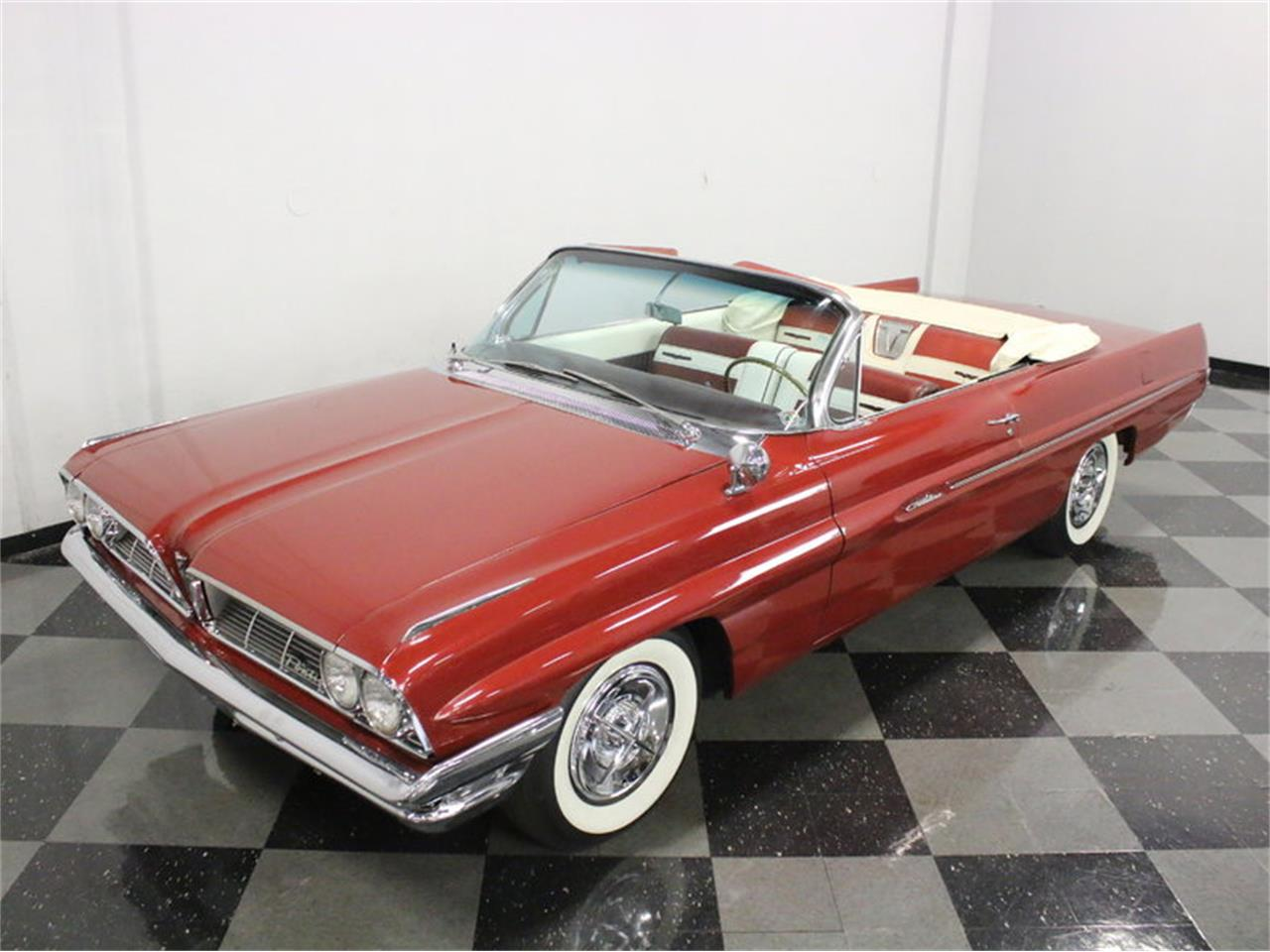 Large Picture of 1961 Pontiac Catalina located in Ft Worth Texas - $31,995.00 Offered by Streetside Classics - Dallas / Fort Worth - L8IM