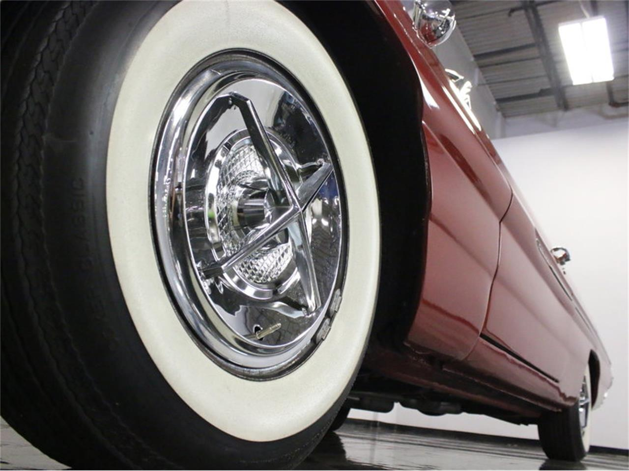 Large Picture of '61 Pontiac Catalina - $31,995.00 Offered by Streetside Classics - Dallas / Fort Worth - L8IM