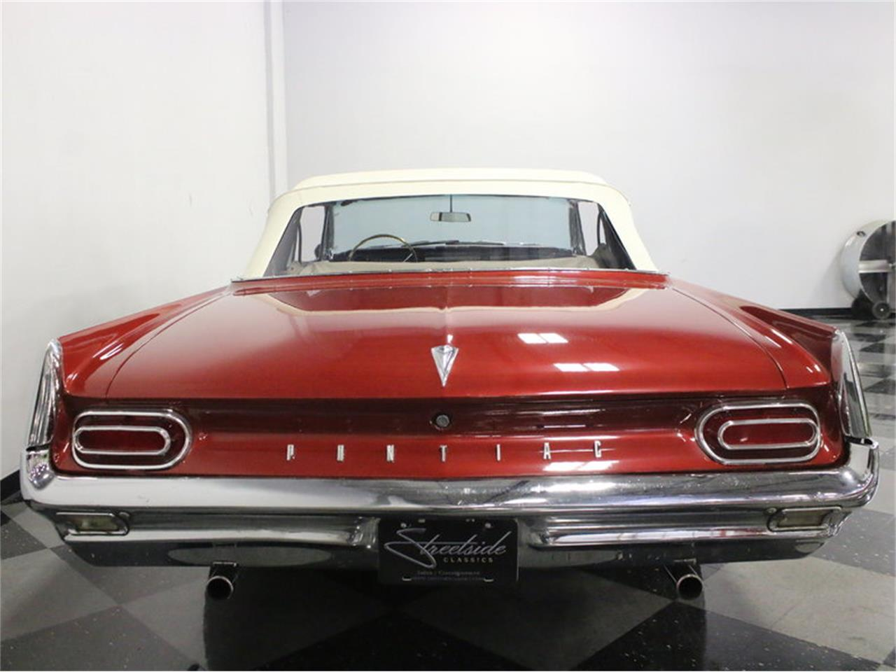 Large Picture of '61 Pontiac Catalina located in Ft Worth Texas - L8IM