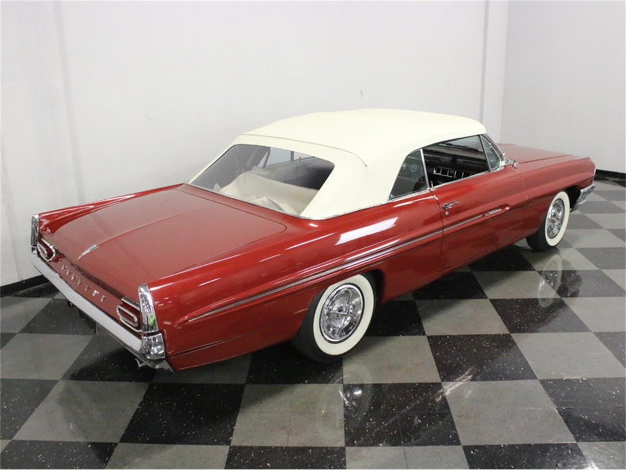 Large Picture of '61 Catalina - $31,995.00 Offered by Streetside Classics - Dallas / Fort Worth - L8IM