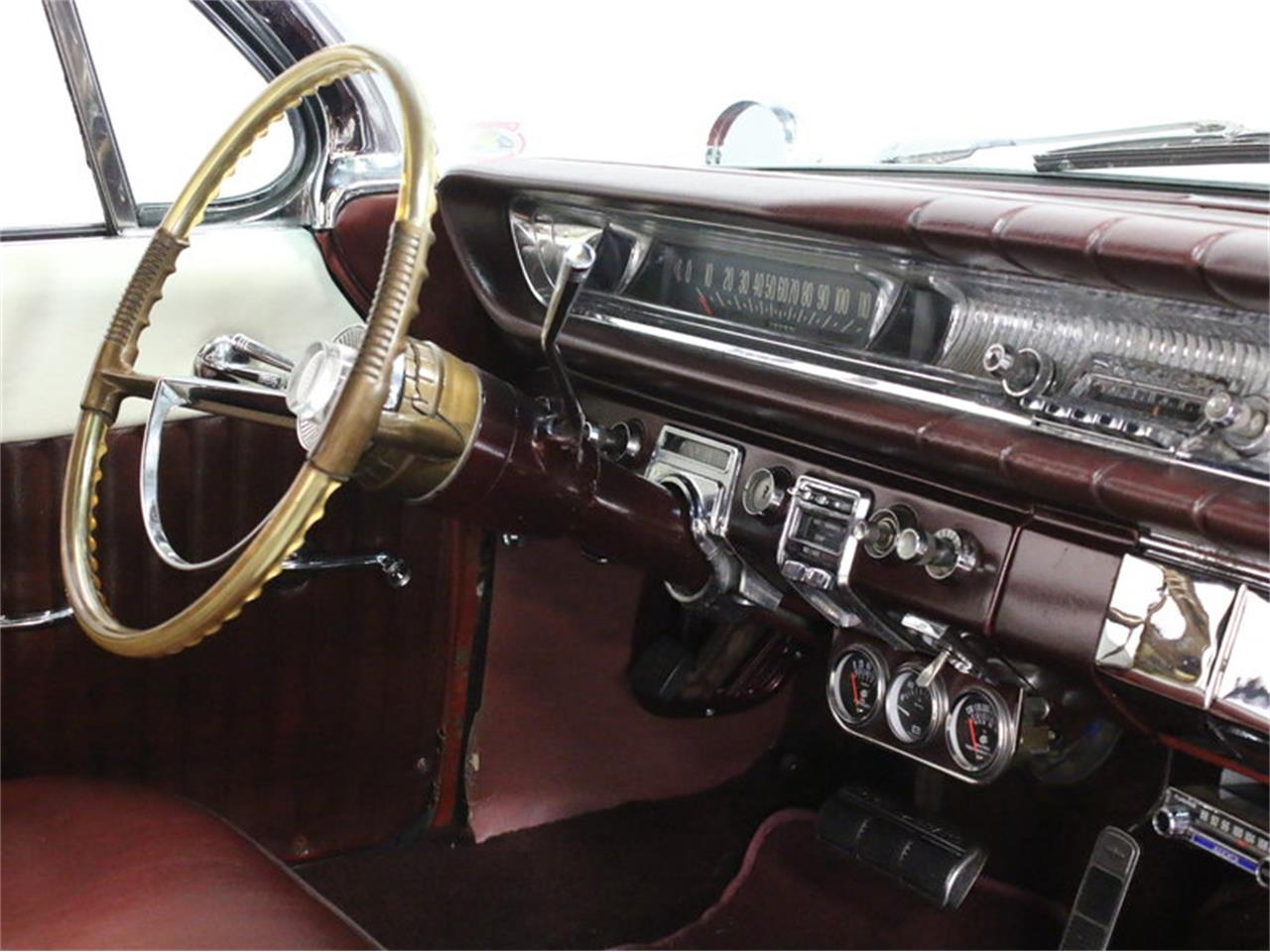 Large Picture of Classic '61 Pontiac Catalina located in Texas Offered by Streetside Classics - Dallas / Fort Worth - L8IM