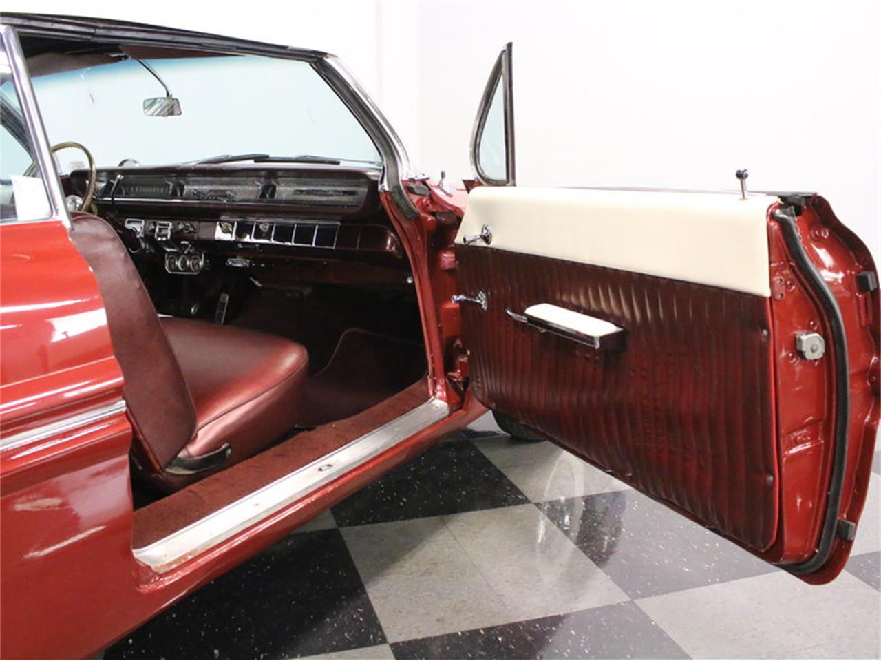 Large Picture of Classic 1961 Pontiac Catalina - $31,995.00 Offered by Streetside Classics - Dallas / Fort Worth - L8IM