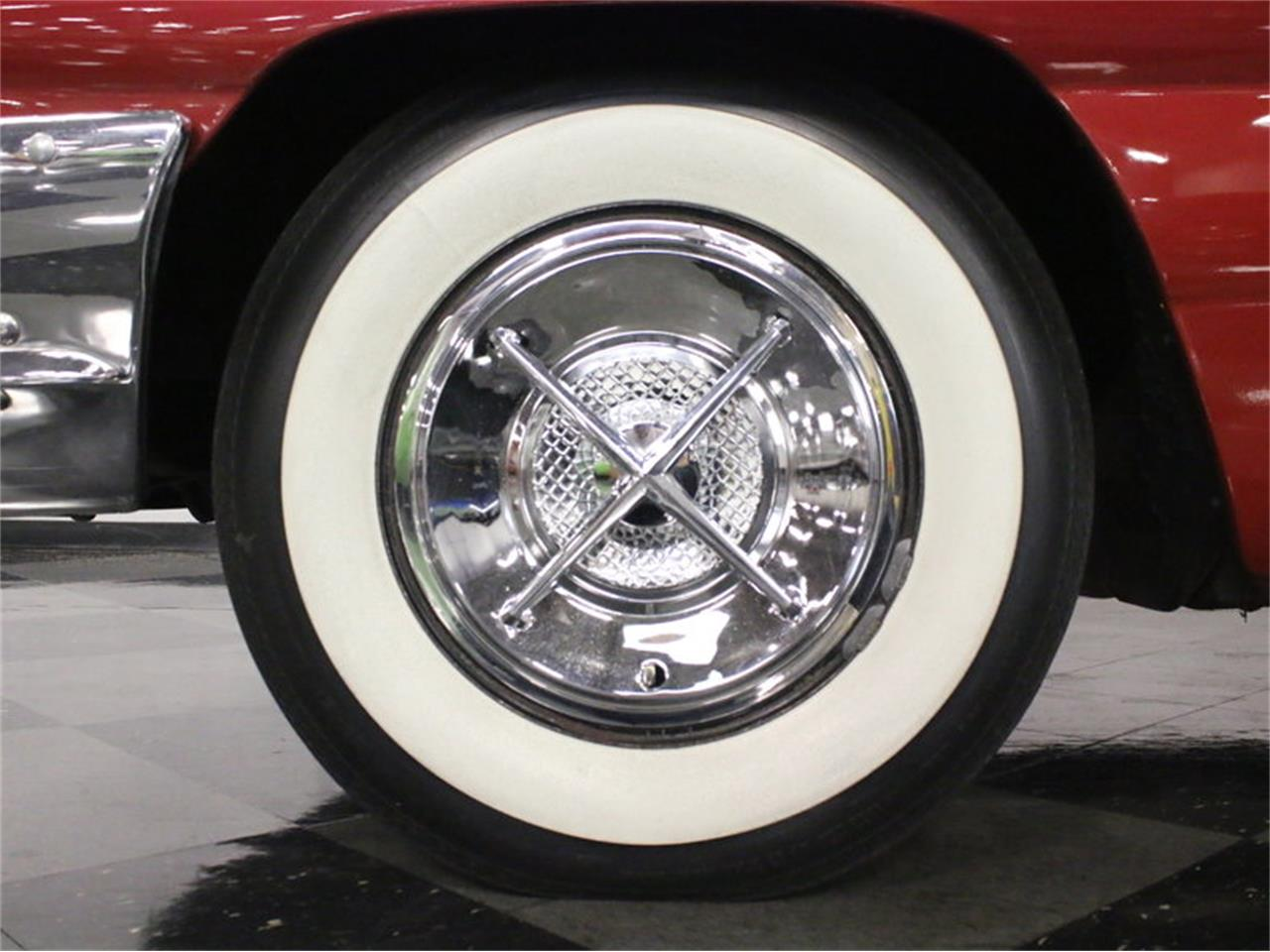 Large Picture of '61 Catalina - L8IM
