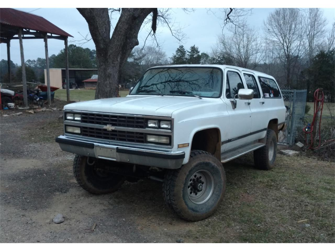 Large Picture of 1990 Chevrolet Suburban located in South Carolina - LE6H