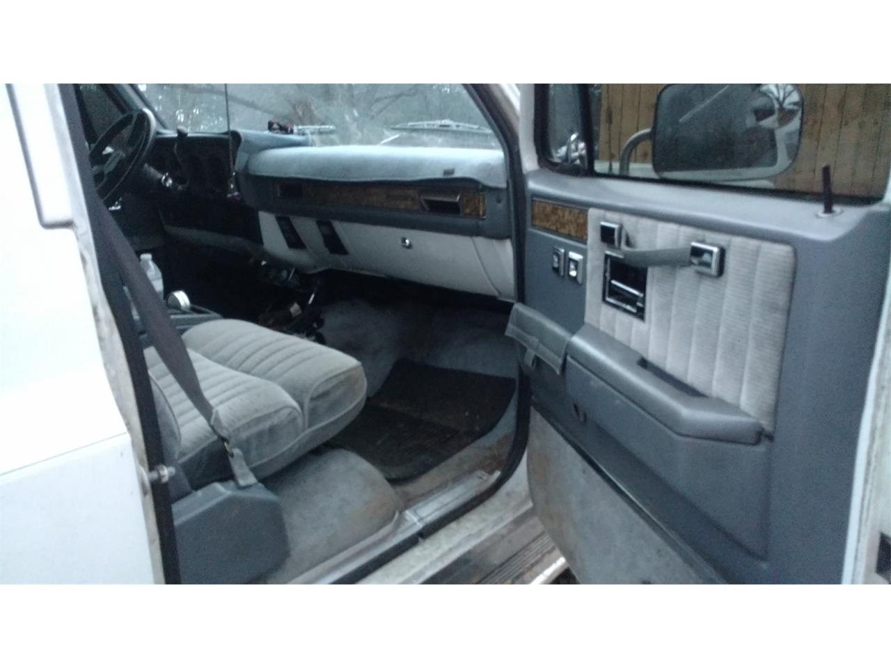 Large Picture of 1990 Chevrolet Suburban located in South Carolina Offered by a Private Seller - LE6H