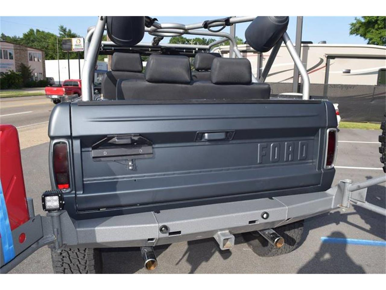 Large Picture of '76 Ford Bronco - $44,900.00 Offered by Gulf Coast Exotic Auto - LE6P