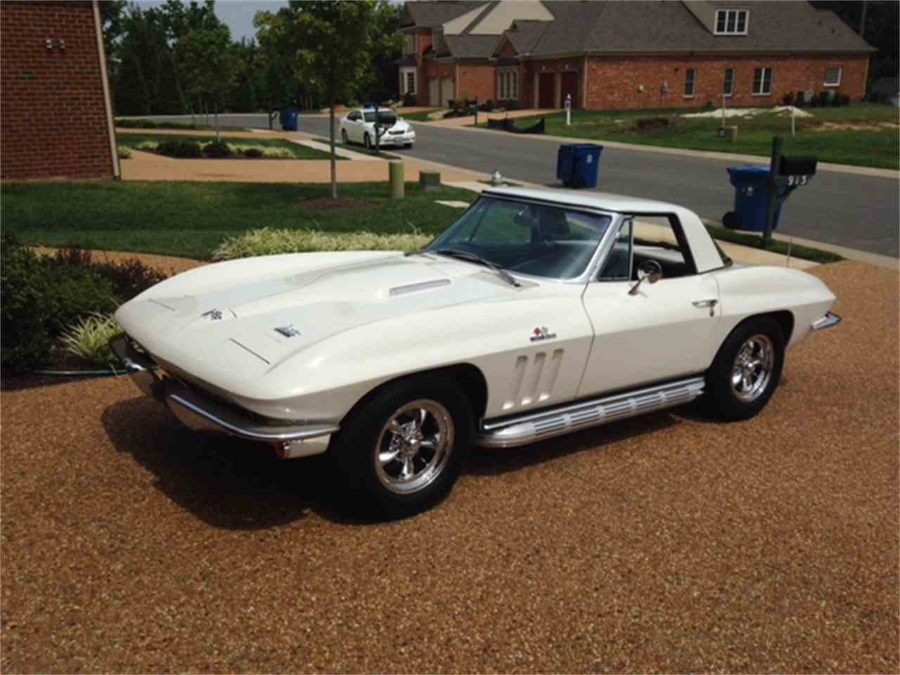 Large Picture of '66 Corvette - LE73