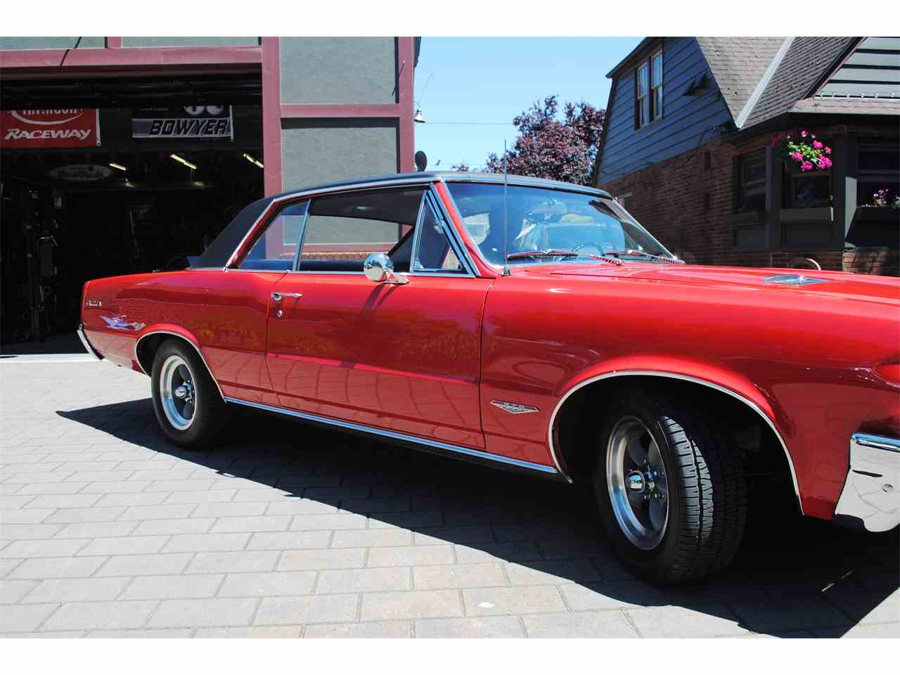 Large Picture of Classic '64 Pontiac GTO located in Oregon - LE7M