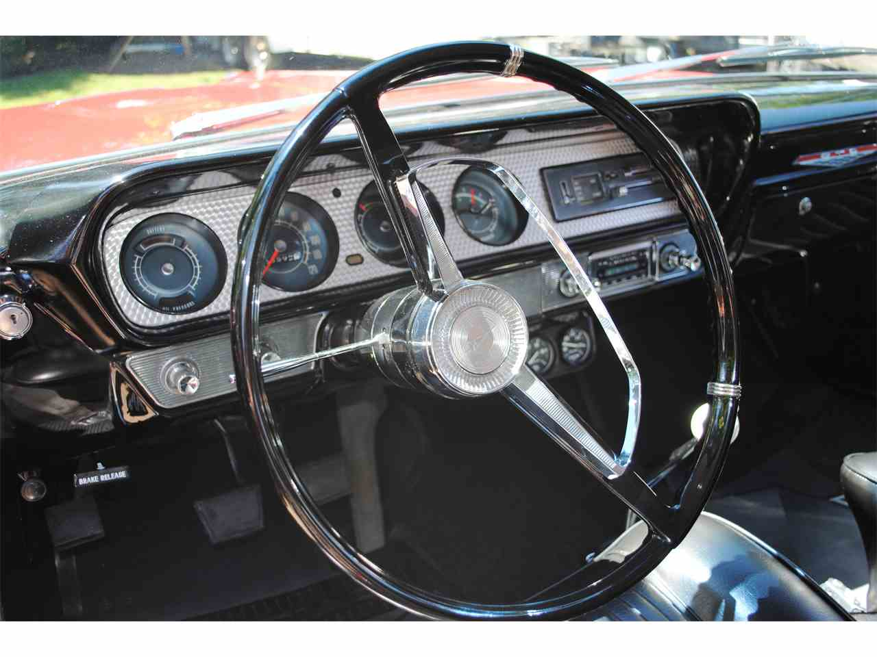 Large Picture of Classic '64 Pontiac GTO located in Gresham Oregon - LE7M