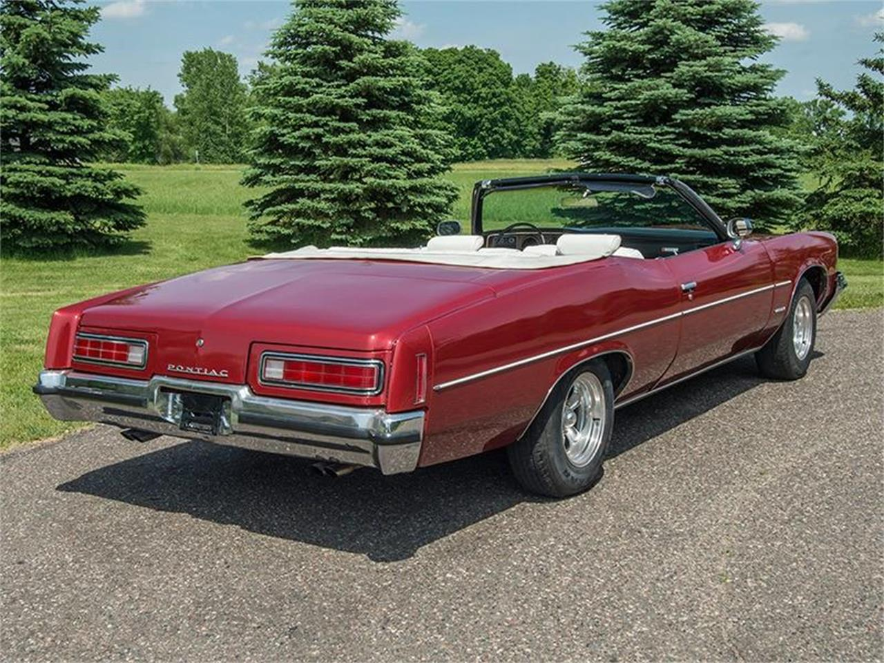 Large Picture of Classic 1972 Catalina - $14,500.00 Offered by Ellingson Motorcars - LE8D