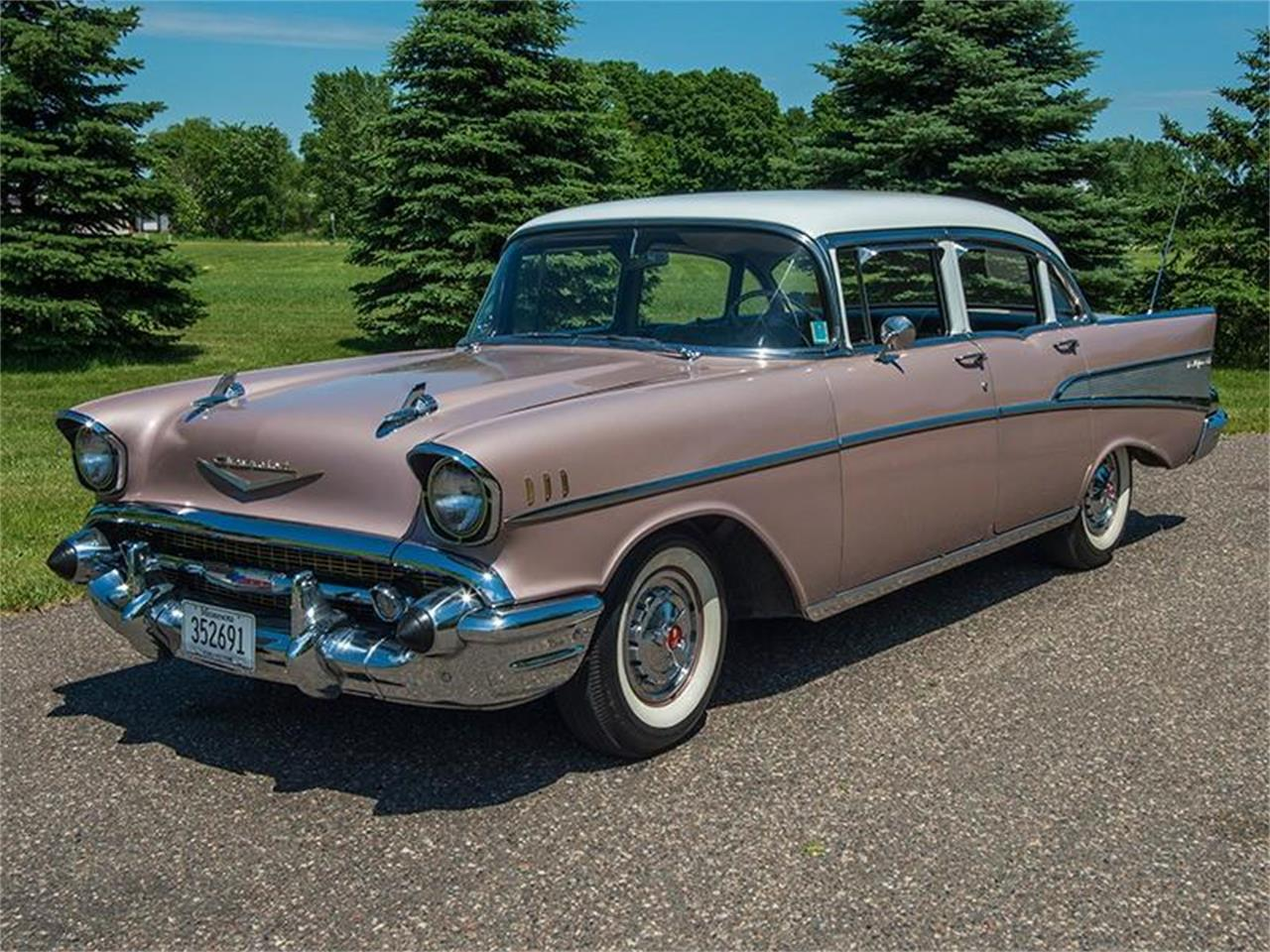 Large Picture of Classic '57 Bel Air Offered by Ellingson Motorcars - LE8L