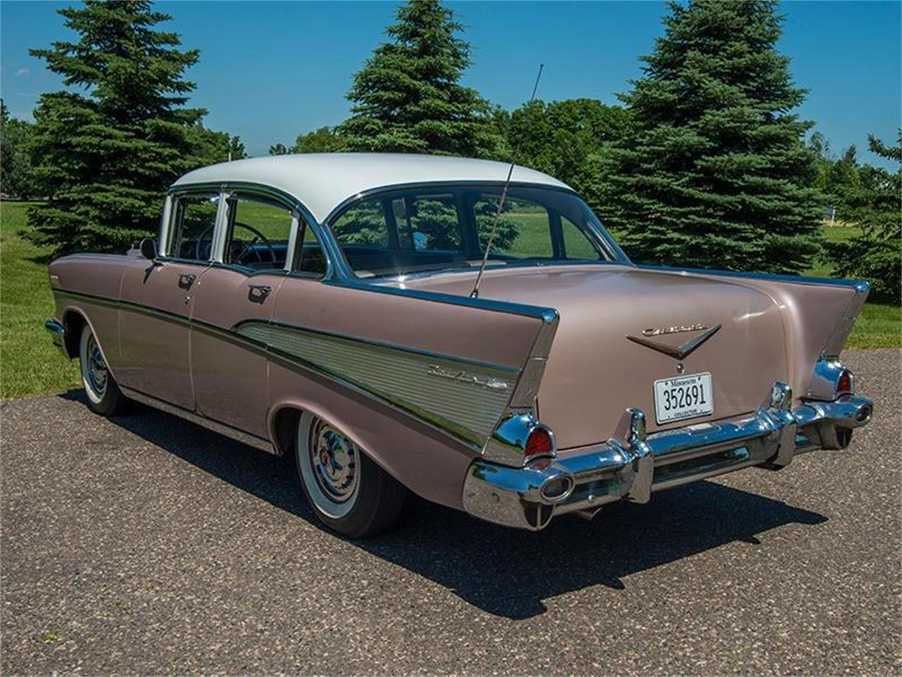 Large Picture of Classic 1957 Chevrolet Bel Air Offered by Ellingson Motorcars - LE8L