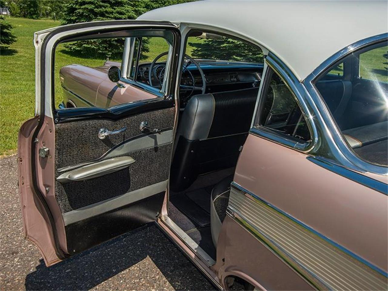 Large Picture of Classic 1957 Chevrolet Bel Air located in Rogers Minnesota - LE8L