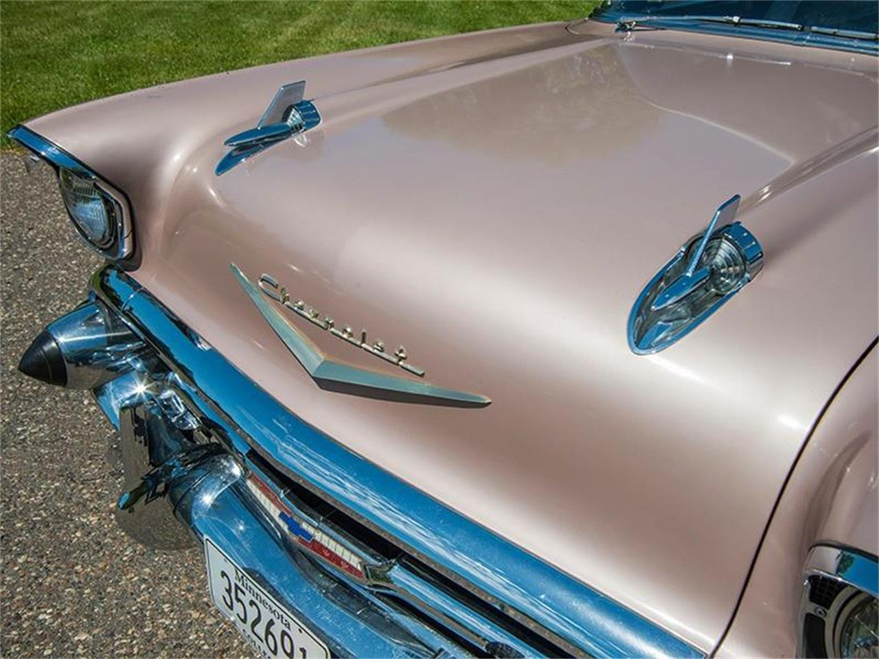 Large Picture of '57 Chevrolet Bel Air located in Rogers Minnesota Offered by Ellingson Motorcars - LE8L