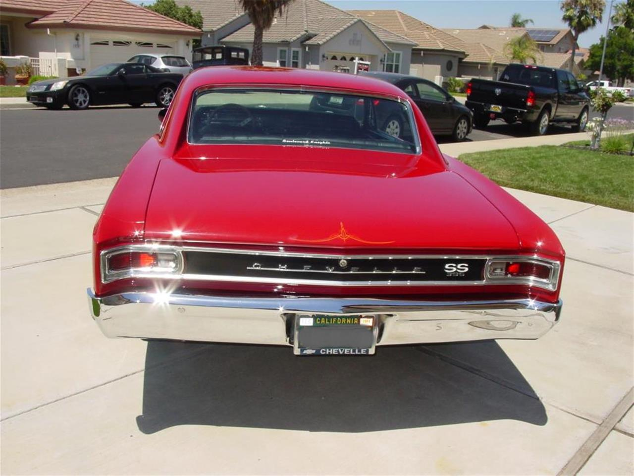 Large Picture of '66 Chevelle - LEA3