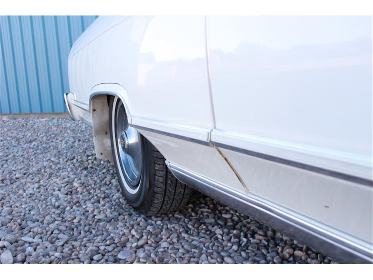 Large Picture of 1978 Lincoln Town Car - $8,950.00 Offered by Salt City Classic & Muscle - LEAW