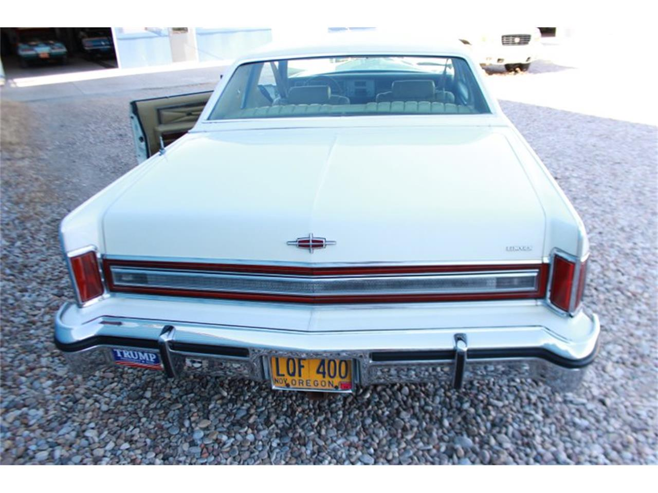 Large Picture of '78 Town Car located in Vernal Utah - $8,950.00 Offered by Salt City Classic & Muscle - LEAW