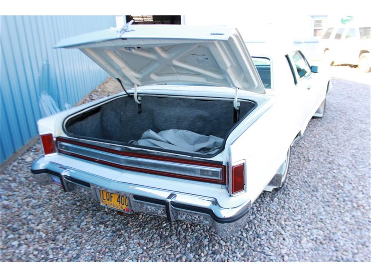 Large Picture of 1978 Lincoln Town Car located in Utah - $8,950.00 - LEAW