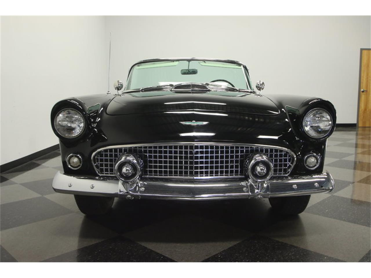 Large Picture of Classic 1956 Thunderbird located in Florida - LEBI