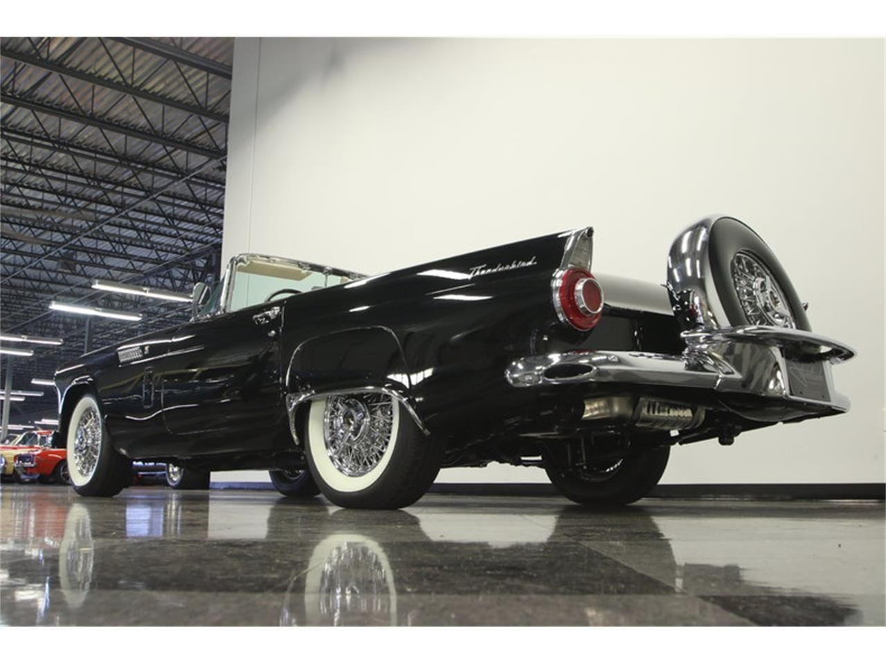 Large Picture of Classic 1956 Ford Thunderbird - LEBI