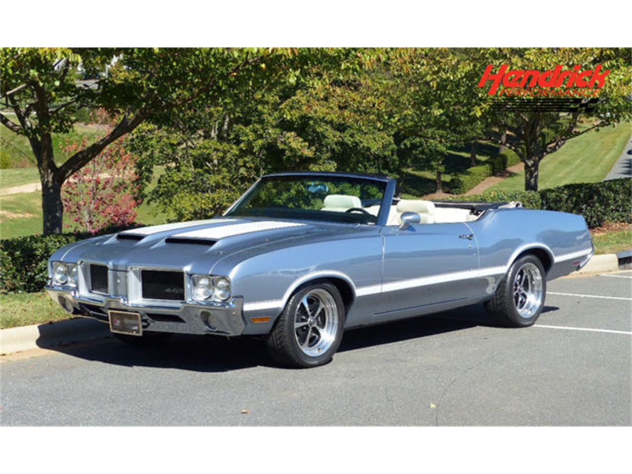 Large Picture of Classic 1971 Cutlass Offered by Hendrick Performance - LEC8