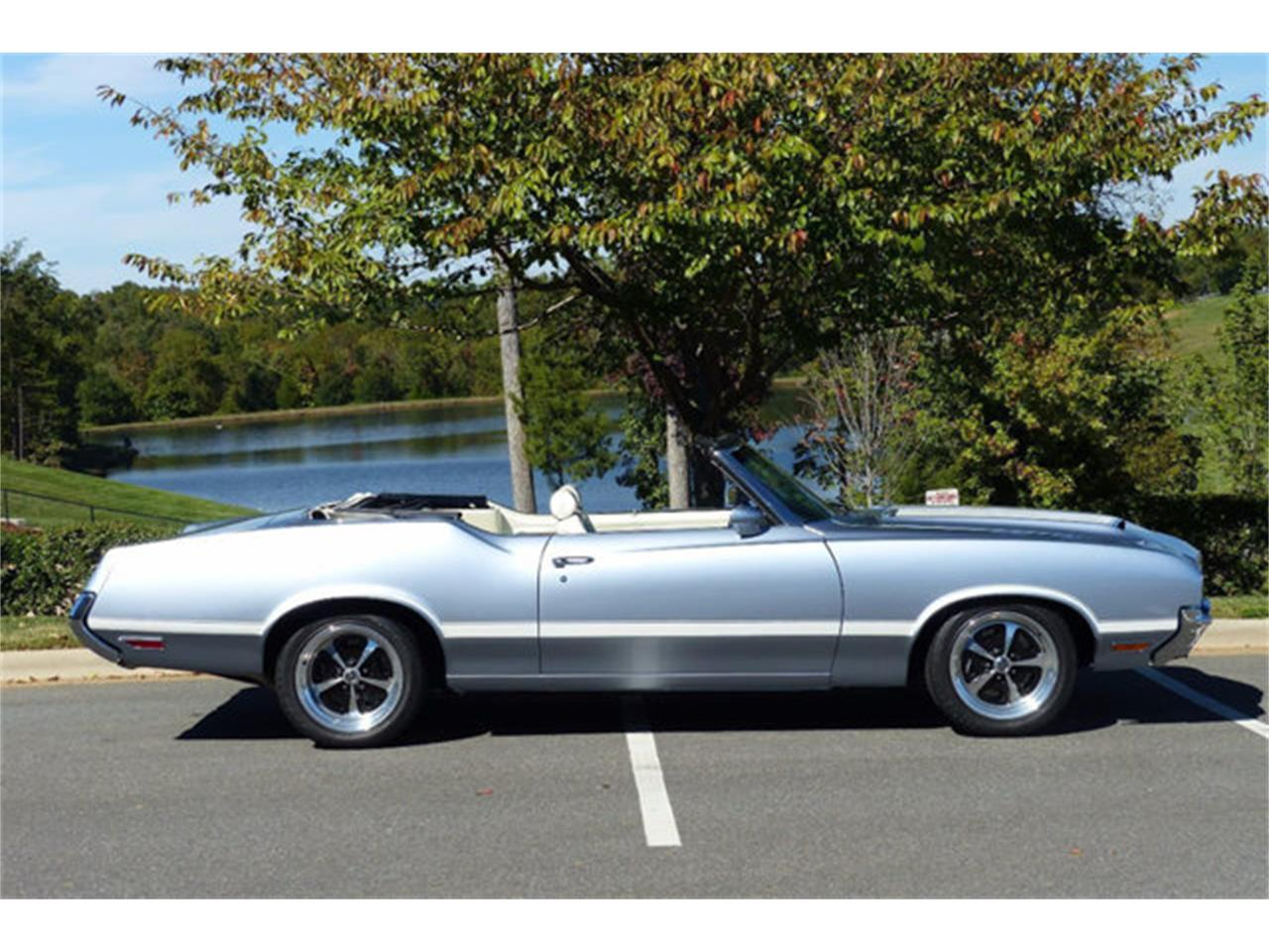 Large Picture of 1971 Oldsmobile Cutlass located in Charlotte North Carolina Offered by Hendrick Performance - LEC8