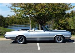 Picture of Classic '71 Cutlass located in Charlotte North Carolina Offered by Hendrick Performance - LEC8
