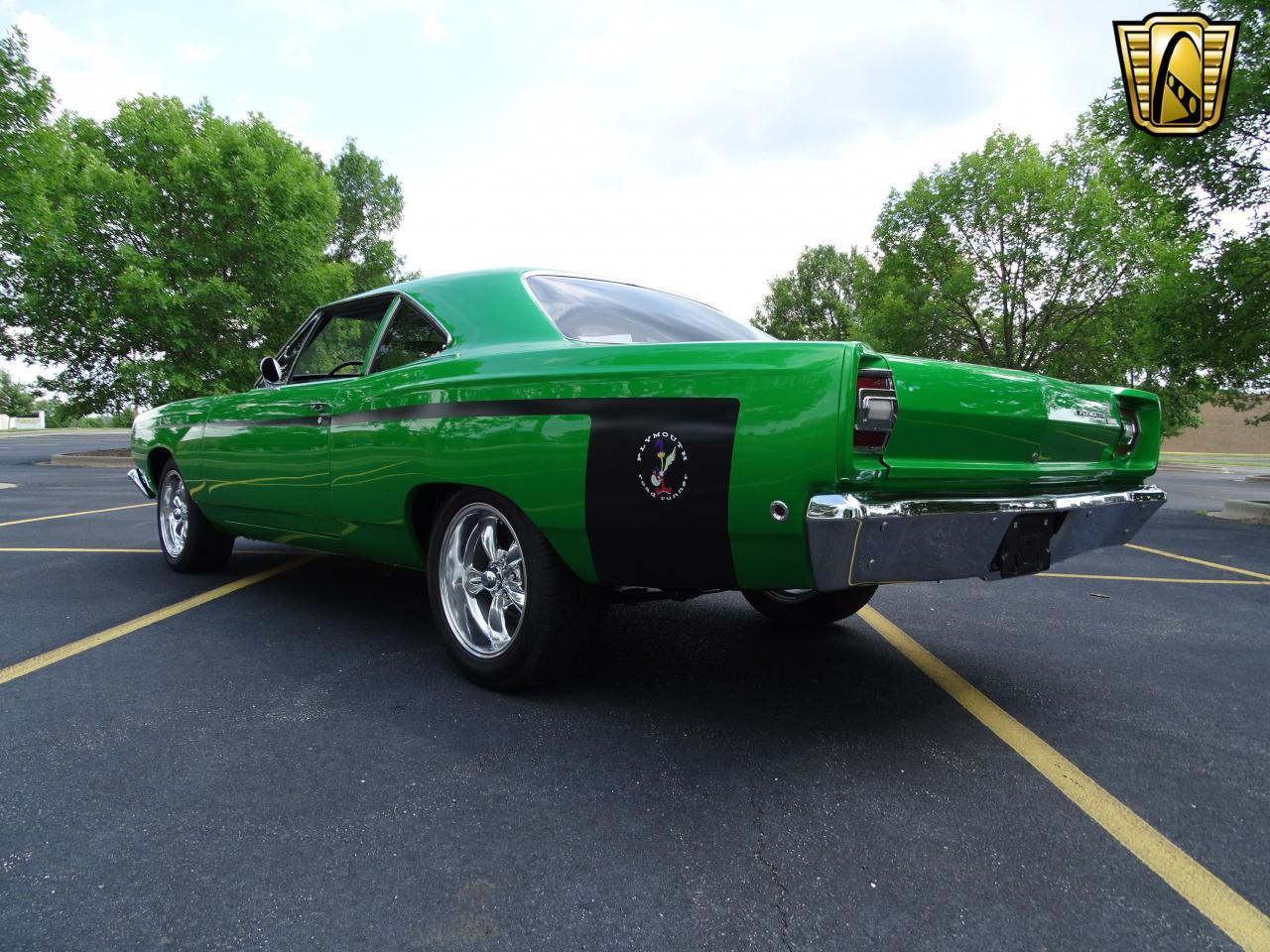 Large Picture of '68 Road Runner - LED8
