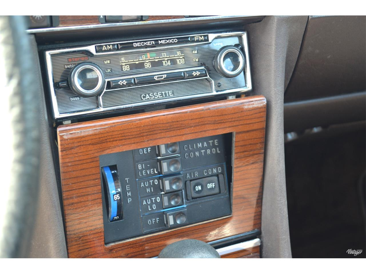 Large Picture of '80 Mercedes-Benz 450SL - $15,500.00 Offered by Leaded Gas Classics - LEDI