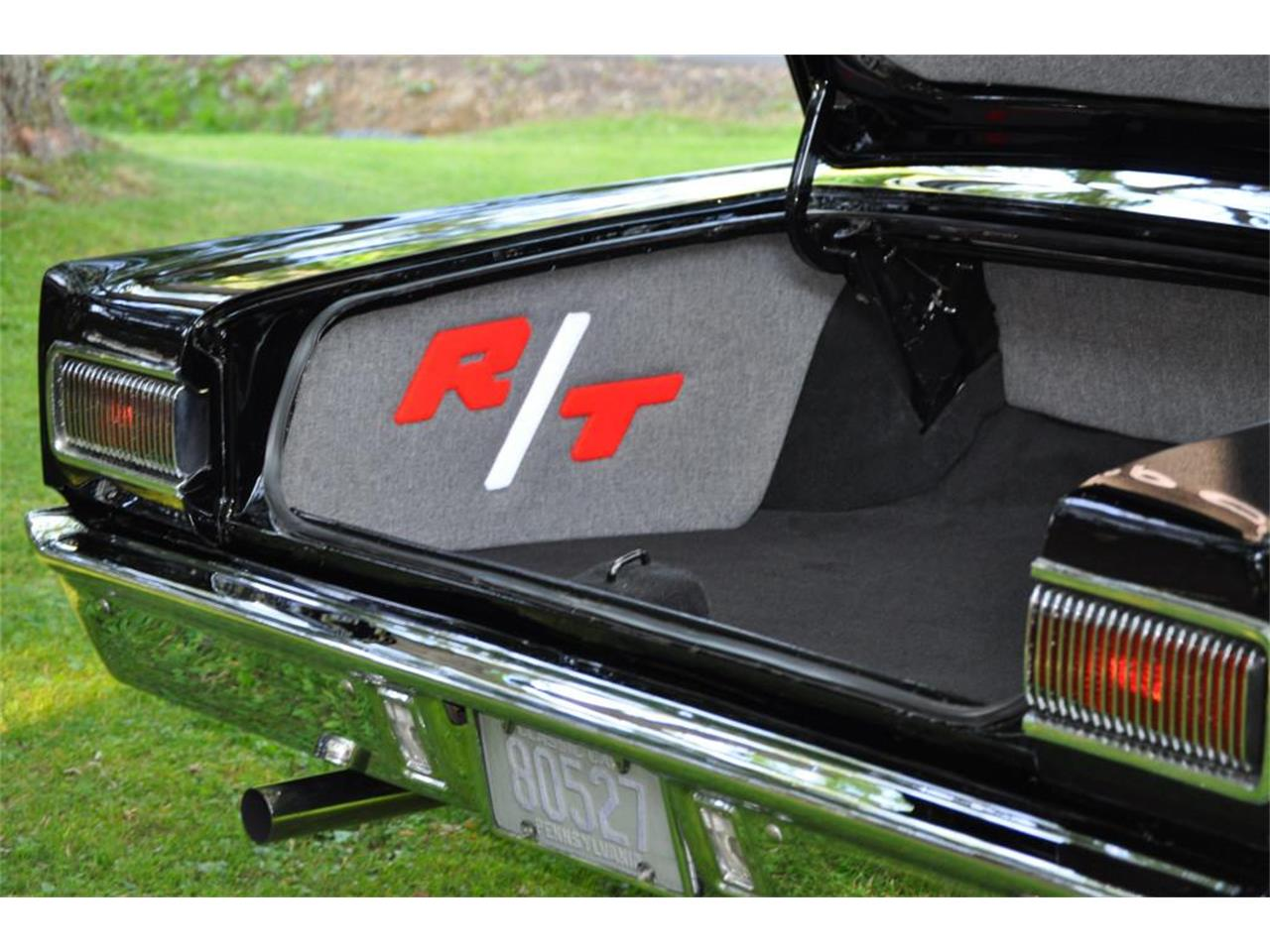 Large Picture of '67 Coronet - LEEM