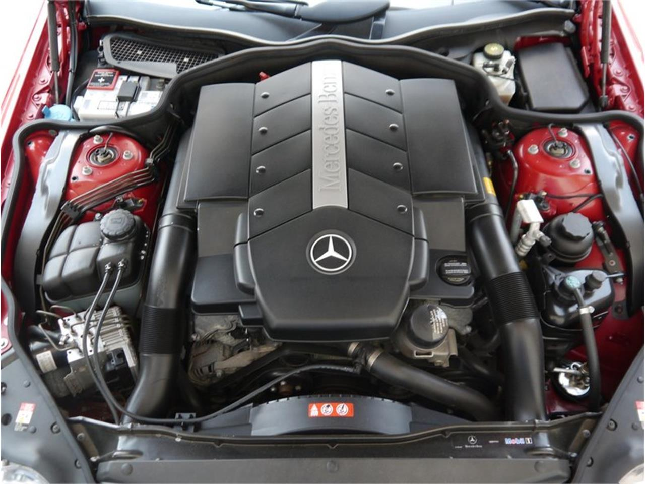Large Picture of '06 Mercedes-Benz SL500 located in Illinois Offered by Midwest Car Exchange - LEGR