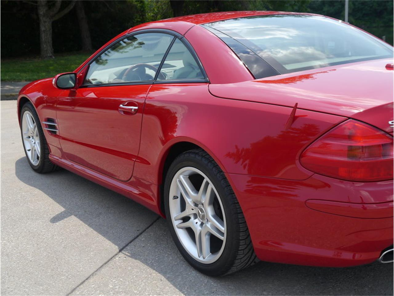 Large Picture of 2006 Mercedes-Benz SL500 located in Illinois - LEGR