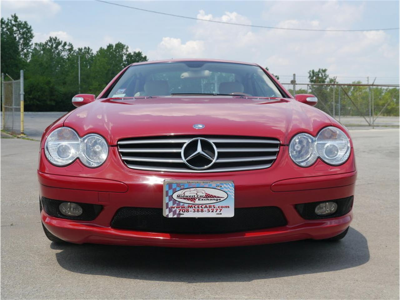 Large Picture of 2006 SL500 located in Illinois - $26,900.00 Offered by Midwest Car Exchange - LEGR