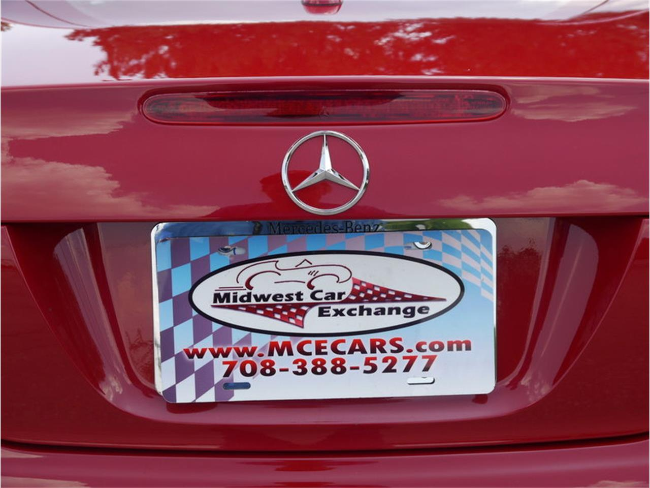 Large Picture of '06 Mercedes-Benz SL500 located in Illinois - $26,900.00 Offered by Midwest Car Exchange - LEGR