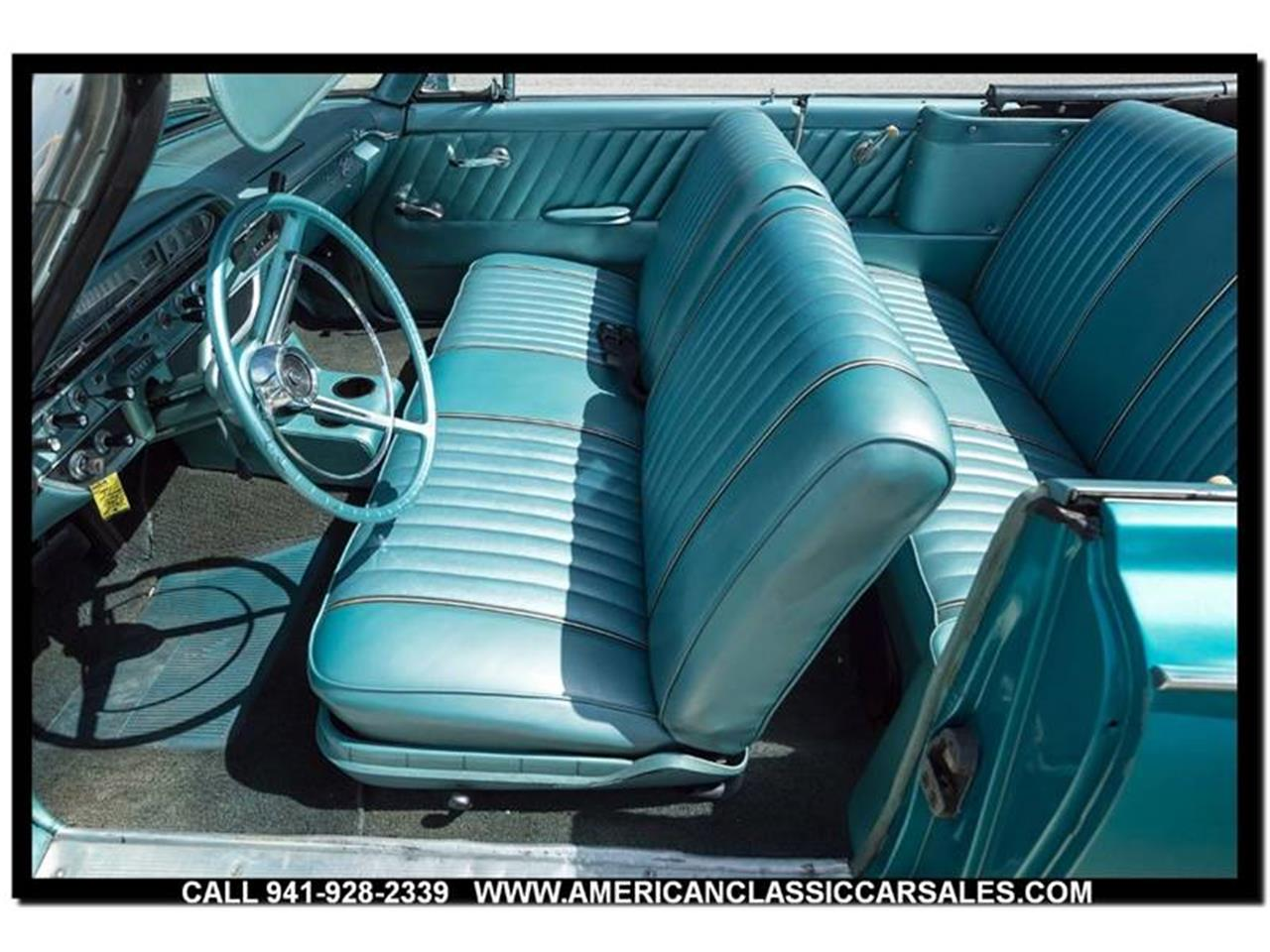 Large Picture of Classic '61 Ford Sunliner - $29,320.00 - LEJC