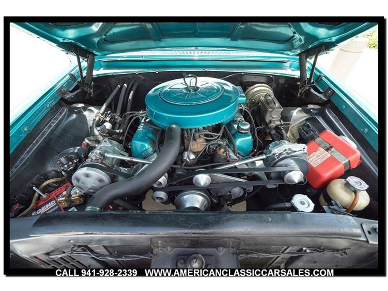 Large Picture of '61 Ford Sunliner located in Florida - LEJC