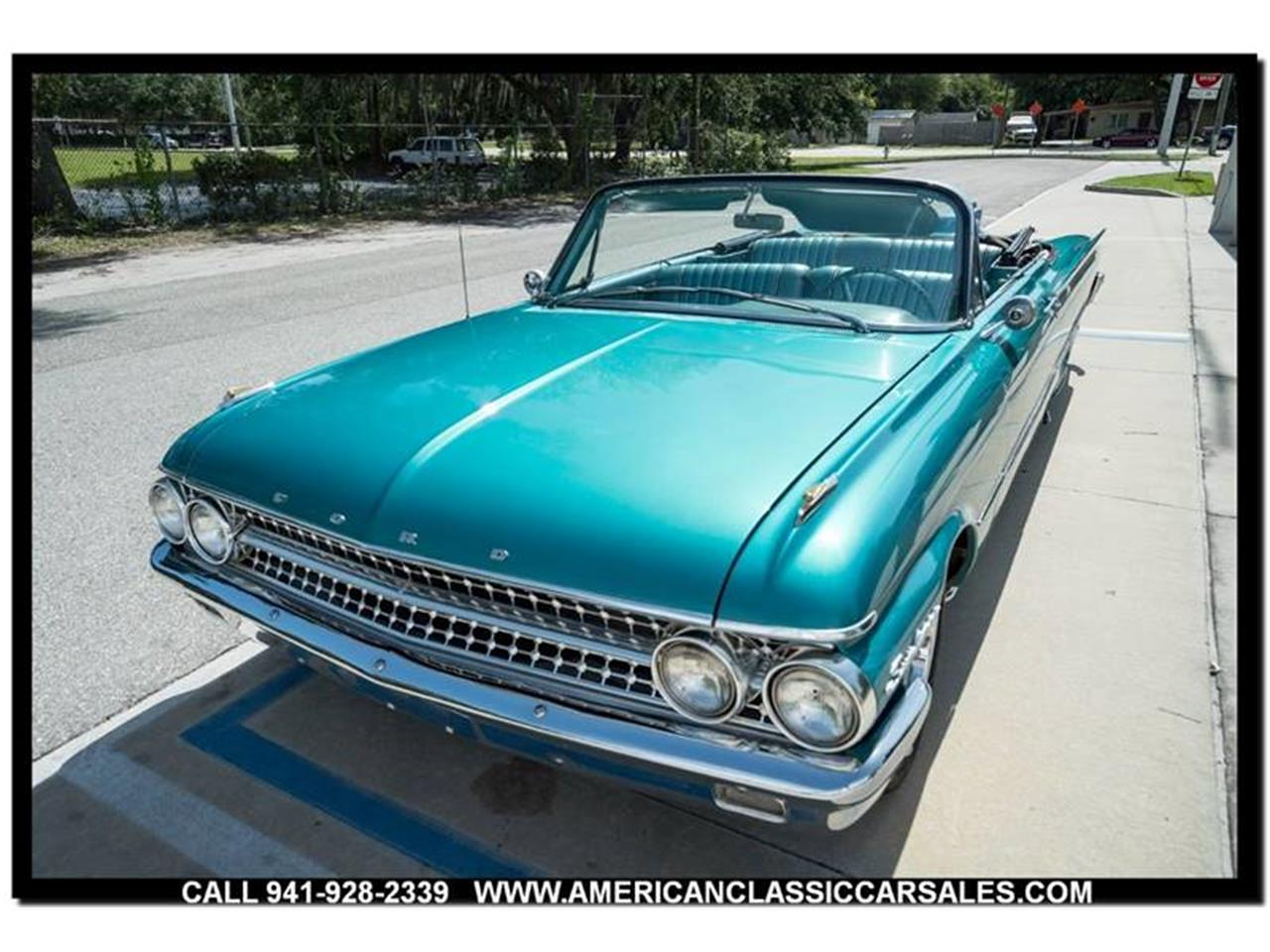 Large Picture of 1961 Sunliner located in Florida Offered by American Classic Car Sales - LEJC