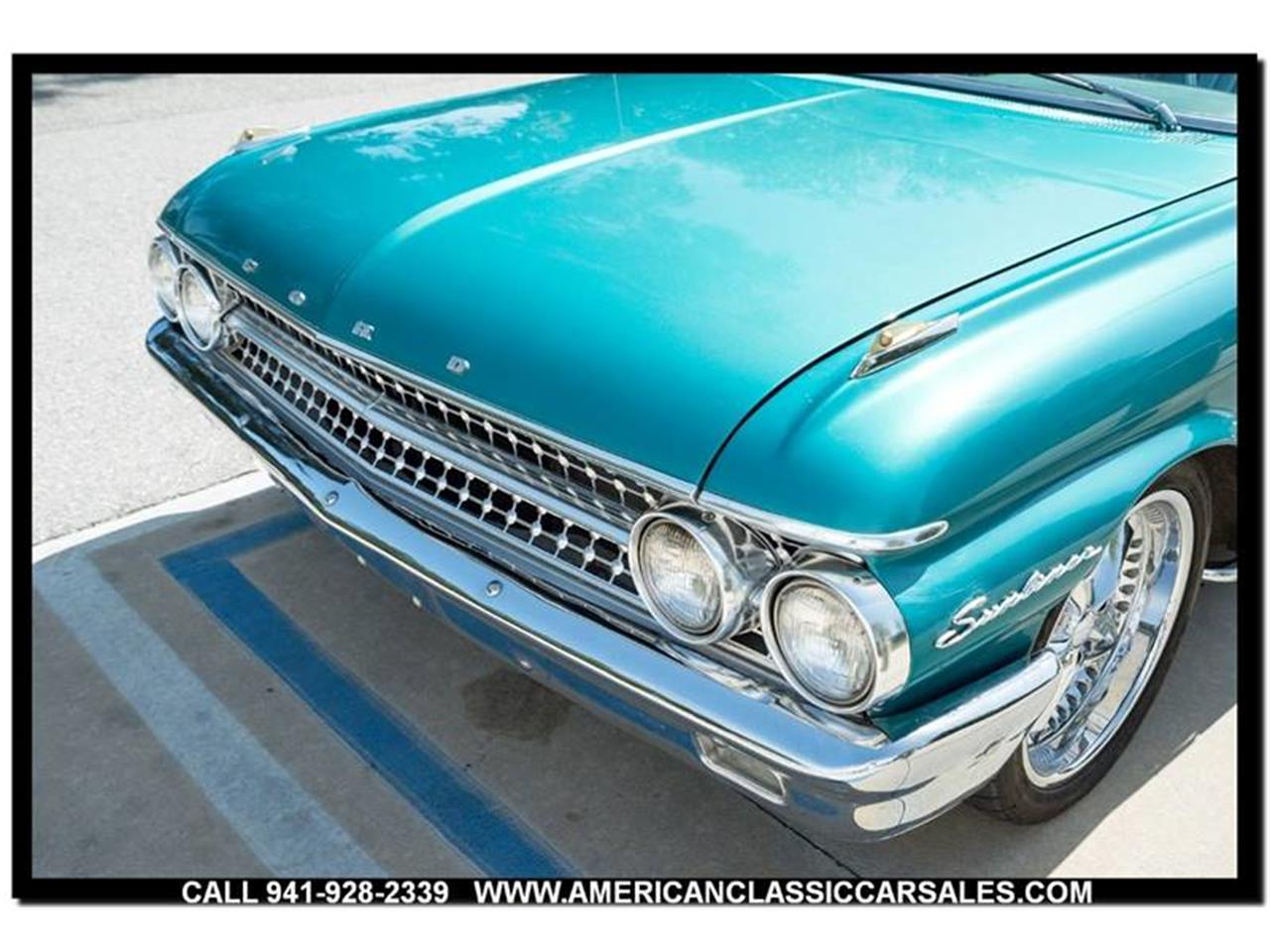 Large Picture of Classic '61 Ford Sunliner Offered by American Classic Car Sales - LEJC