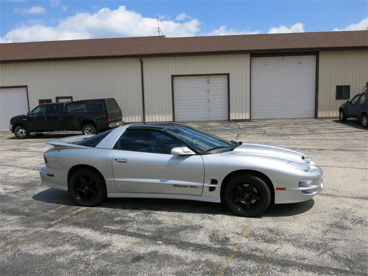 Large Picture of '00 Firebird Trans Am WS6 located in Manitowoc Wisconsin - $11,000.00 Offered by Diversion Motors - LEKM